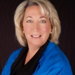 Jennifer Naas re-elected president of the Minnesota Chiropractic Association