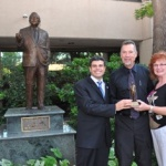 Animal chiropractic pioneer receives James W. Parker Founders Award