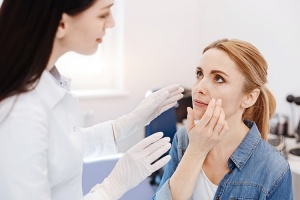 bell's palsy chiropractic. How instrument adjustment can help treat this condition