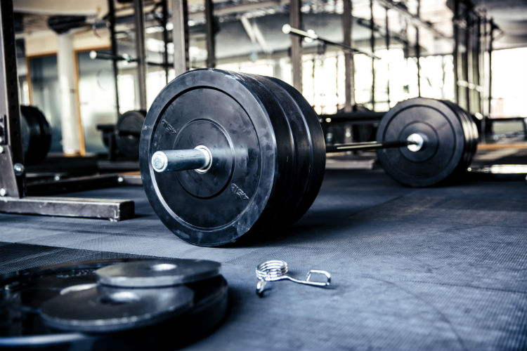 Every year, fitness enthusiasts seek to find new ways to build strength and challenge their bodies. Master crossfit marketing to capitalize on this trend.